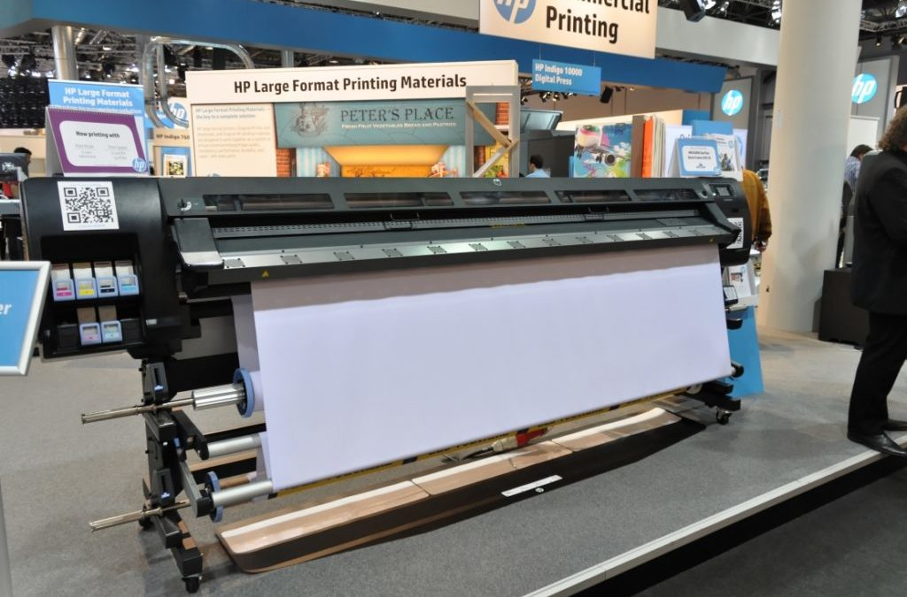 How to Choose Large Format Printing Products